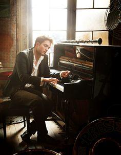 Robert Pattinson + Piano = Perfection <3