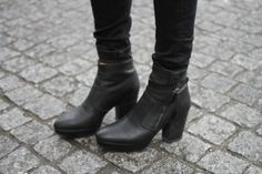 new in! :o Auburn, Chelsea Boots, Street Wear, Urban, My Style, Outfits, Shoes, Fashion, Moda
