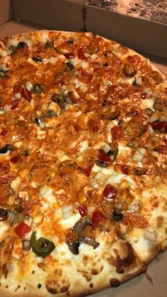 Chicken Murphy pizza Honestly the best pizza out there Food Porn, Snap Food, Food Snapchat, Food Goals, Aesthetic Food, Food Cravings, Food Pictures, I Foods, Food Videos