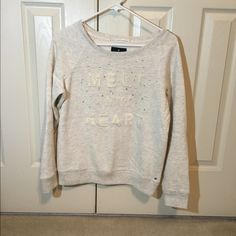 Off white winter sweater Cute off white sweater perfect for the season American Eagle Outfitters Sweaters Crew & Scoop Necks