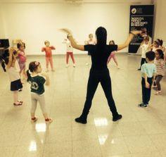 Despre cursuri de dans si ce alegem pentru copiii nostri - Scoala de dans Stop&Dance Basketball Court, Wrestling, Lucha Libre