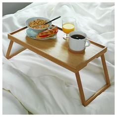 Plats de service - IKEA Serveware, Tableware, Bed Tray, Ikea Family, Plate Stands, Breakfast In Bed, Serving Platters, New Room, Lineup