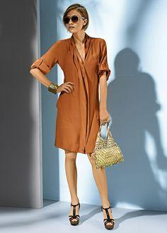Kamelowa sukienka świetnie pasuje do grubych kremowych rajstop i wysokich butów. http://www.bonprix.pl/kategoria/939/sukienki/?utm_source=goldposition&utm_medium=referral&utm_campaign=pinterest