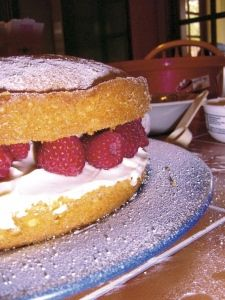 ~Courting Cake recipe - as featured in the Great British Bake Off~   #gbbo