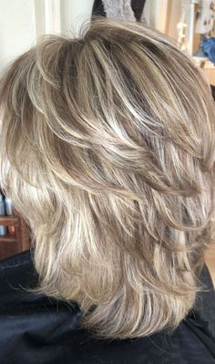 46 creative ideas for layered hairstyles - layered hair # hair # s . - 46 creative ideas for layered hairstyles – layered hair - Medium Layered Haircuts, Medium Hair Cuts, Medium Hair Styles, Curly Hair Styles, Short To Medium Hair, Women Hair Styles, Women Hair Cuts, Medium Textured Hair, Medium Length Hair Cuts With Layers