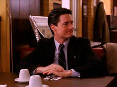 Agent Dale Cooper (Kyle MacLachlan) - Twin Peaks