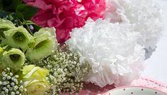 Festliche Tischdeko #table #decor #wedding #birthday #baptism #christening #pompoms #diy #howto
