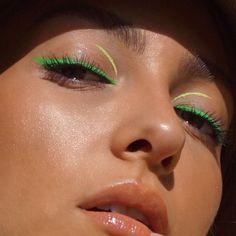"Inspo Ana Sarelly,, History of eye makeup ""Eye care"", quite simply, ""eye Eye Makeup, Makeup Eye Looks, Creative Makeup Looks, Eyeliner Looks, Pretty Makeup, Makeup Art, Gorgeous Makeup, Makeup Geek, Beauty Make-up"