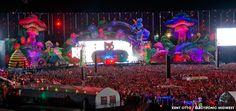 EDM-stage-design-edc-vegas-mainstage-2013.jpg 1,500×706 pixels
