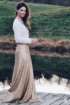 Holiday Outfits, Winter Outfits, Lace Skirt, Sequin Skirt, Holiday Looks, Christmas Wedding, Autumn Fashion, Outfit Ideas, Glamour