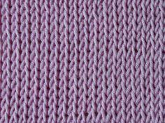 Wat is Tunisch haken? Het lijkt op breien - Breiclub.nl Tunisian Crochet, Chrochet, Cross Stitching, Cross Stitch Patterns, Needlework, Weaving, Crafty, Knitting, My Style