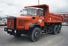 """RENAULT GBH 280 6X4 BENNE """"Perrier T.P."""" 69"""