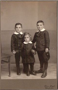 Vintage cabinet card of three German boys