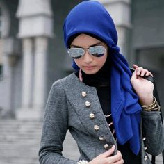 The hijaab style.