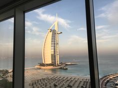 I'm back in Dubai for the Hamdan International Photo Contest. Here's the view from my window of the beach and super hotel Burj al Arab. Tomorrow the grand prize of $120000 will be awarded to a very fortunate photographer. Somebody's got to do it. #hipacontest #dubai #beach @natgeo @natgeocreative @thephotosociety by yamashitaphoto