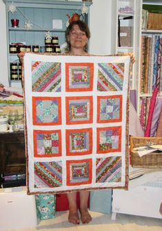 Kasia with her amazing sampler quilt - what colours! It's stunning. Blankets, Students, Colours, Quilts, Amazing, How To Make, Scrappy Quilts, Comforters, Quilt Sets