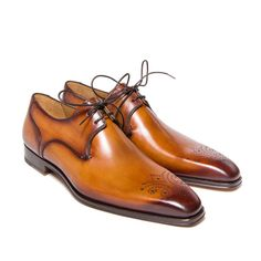 Derby deux oeillets et bout fleuri - Derby shoe wityh two eyelets and | Altan…