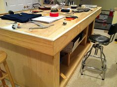 Lair of the Uber Geek: War Gaming Table Construction and Robotics