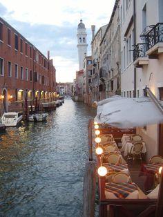Fotografía: Marisa Giusto Madrid, Travel Photography, Spain, Vacation, Venice, Palaces, Boats, Vacations, Holiday
