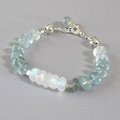 Aquamarine Rainbow Moonstone Bracelet Sterling Silver por DJStrang