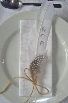 outdoor wedding place setting, stamp a feather!