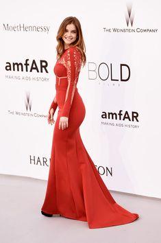 Barbara Palvin Photos - Model Barbara Palvin attends amfAR's 22nd Cinema Against AIDS Gala, Presented By Bold Films And Harry Winston at Hotel du Cap-Eden-Roc on May 21, 2015 in Cap d'Antibes, France. - amfAR's 22nd Cinema Against AIDS Gala - Arrivals