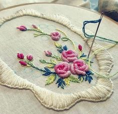 Wonderful Ribbon Embroidery Flowers by Hand Ideas. Enchanting Ribbon Embroidery Flowers by Hand Ideas. Hand Embroidery Stitches, Hand Embroidery Designs, Embroidery Techniques, Ribbon Embroidery, Embroidery Art, Cross Stitch Embroidery, Embroidery Supplies, Crochet Stitches For Blankets, Crochet Edging Patterns