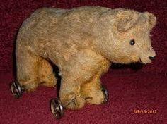 'Antique Teddy Bear on Wheels Pull Toy Old Teddy Bears, Antique Teddy Bears, Antique Toys, Vintage Toys, Toy 2, Pull Toy, Selling Antiques, Pooh Bear, Old Dolls
