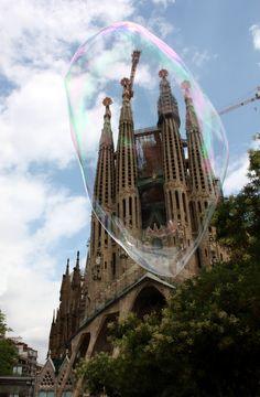 La Sagrada Familia by rockingmarcia.deviantart.com