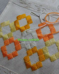 Supreme Best Stitches In Embroidery Ideas. Spectacular Best Stitches In Embroidery Ideas. Broderie Bargello, Bargello Needlepoint, Bargello Quilts, Needlepoint Stitches, Needlework, Embroidery Stitches Tutorial, Hand Embroidery Designs, Embroidery Techniques, Embroidery Patterns