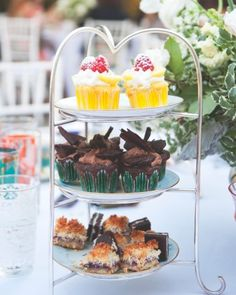 A Bridal Shower Tea Party for The Kitchy Kitchen's Claire Thomas - Petite Sweets