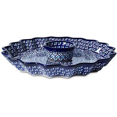 "11"" Hors d'oeuvre Fluted Pie Plate Serving Plates & Platters ($59) ❤ liked on Polyvore featuring home, kitchen & dining, serveware, polish pottery stoneware, blue dish, appetizer dishes, hors d oeuvres platter and blue stoneware dishes"