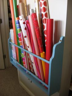 Ideias para organizar Home office/craft room Wrapping Paper Holder, Wrapping Paper Storage, Diy Wrapping, Ribbon Organization, Craft Organization, Ribbon Storage, Dollar Store Bins, Craft Room Storage, Storage Ideas