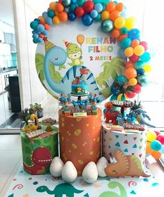 Boys First Birthday Party Ideas, Baby Boy Birthday, Dinosaur Birthday Party, 1st Birthday Parties, Birthday Party Decorations, Die Dinos Baby, Office Birthday, Gabriel, Instagram