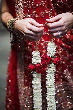 Love Tea India x Indian Fusion Wedding, Indian Wedding Fashion, Indian Fashion, Hindu Wedding Ceremony, Desi Wedding, Dress Indian Style, Indian Dresses, Indian Theme, South Asian Wedding