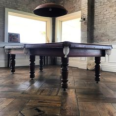 Antique Floors provide you with the best parquetry oak flooring as well as hardwood country plank of many types.