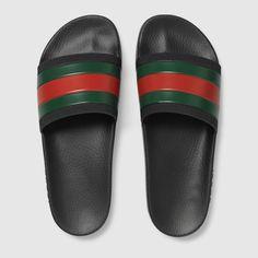 80db13249 Gucci Men - Rubber slide sandal - 308234GIB101098 Chanclas Gucci