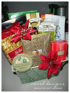 Las Vegas' premier gift basket source offering the best selection of custom designed Holiday & Seasonal gift baskets for everyday occasions & coporate events.  Tis the Season!  We have the capacity, capability and resources to accomodate any size order.  Contact us today for a custom holiday gift basket quote.