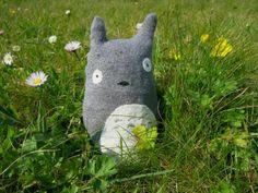 Totoro avec une vieille chaussette - Doudou chaussette perso