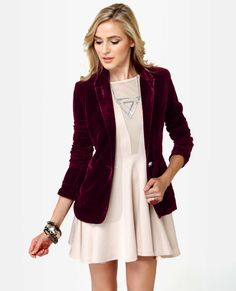 oxblood velvet blazer - just love this whole look.