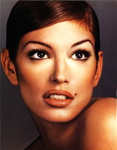 Kevyn Aucoin's artistry on Cindy Crawford