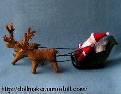 Santa with reindeer - -  www.dollmaker.nunodoll.com/ Copyright © 2014 Runo. All rights reserved.