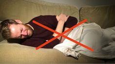 DAAROM mag je in geen geval op je RECHTERZIJ slapen! Ontdek hier 5 redenen waarom je beter op je LINKERZIJ slaapt! | Leesd