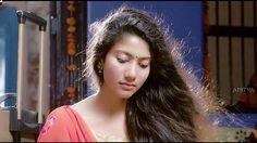 Indian Beauty Saree, Indian Sarees, Sai Pallavi Hd Images, Varun Tej, Indian Women Painting, Beautiful Heroine, Hema Malini, Actors Images, Ethnic Dress