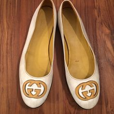 GUCCI shoes Leather GUCCI flats with rubber soles & signature G logo. Made in Italy. 100% Authentic. Good pre-owned condition. A lot of life left in these stylish designer flats. Gucci Shoes Flats & Loafers