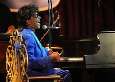 Little Richard performs on an SM58