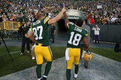 Packers Pro Bowlers: WRs Randall Cobb and Jordy Nelson became the first duo in NFL history to record 90-plus receptions, 1,200-plus yards and 12-plus touchdown receptions in the same regular season.