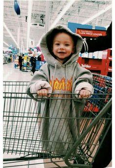 Emmy. Quinze ans. Skateuse. Fan inconditionnelle de Marvel, va voir s… #fanfiction # Fanfiction # amreading # books # wattpad So Cute Baby, Baby Love, Cute Kids, Cute Babies, Cute Children, Cute Toddlers, Little Babies, Baby Kids, Baby Baby
