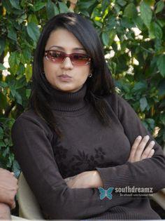 Trisha Actress, Keerti Suresh, Trisha Krishnan, Indian Actresses, Turtle Neck, Sunglasses, Sexy, Sweaters, Clothes
