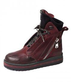 Купить Осенние кожаные ботинки виноградного цвета 16157 в интернет-магазине Mario Muzi. Цена - 3370.00грн. Коллекция - 2016. Качественные ботинки с быстрой доставкой по Украине.